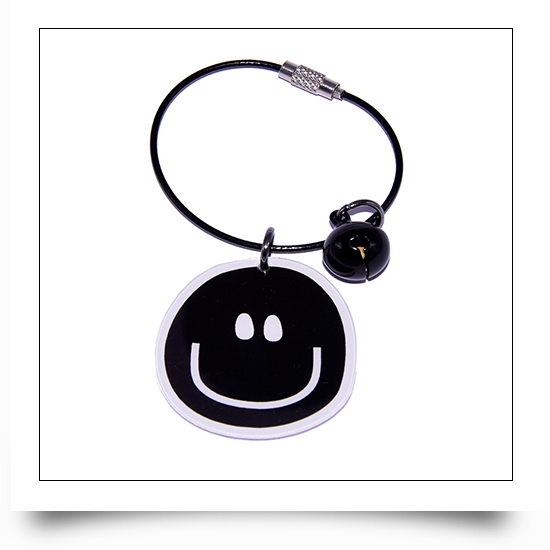Smilling Face Steel Wire Acrylic Keychain